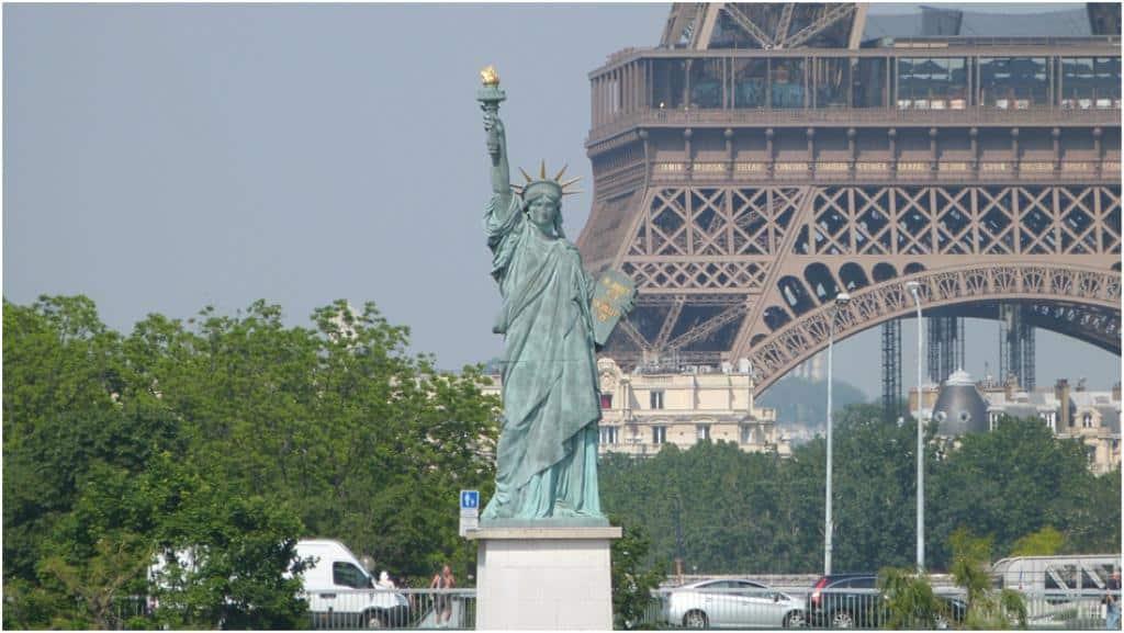 Paris : où sont les 6 statues de la Liberté ?