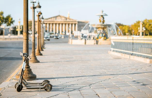 Flash débarque à Paris