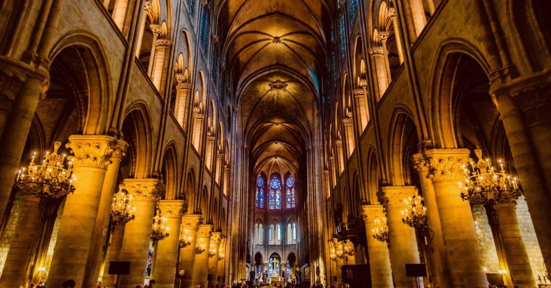 interieur cathedrale de Paris concert Notre Dame