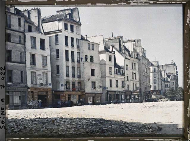 Paris rue Beaubourg 1900