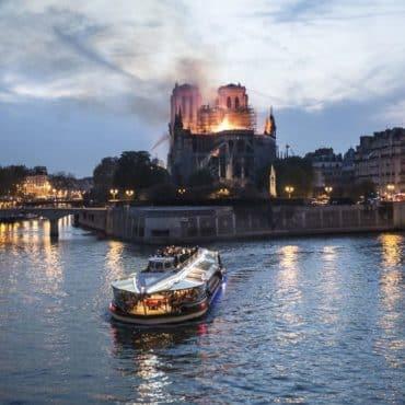 Notre Dame de Paris renovation tribune
