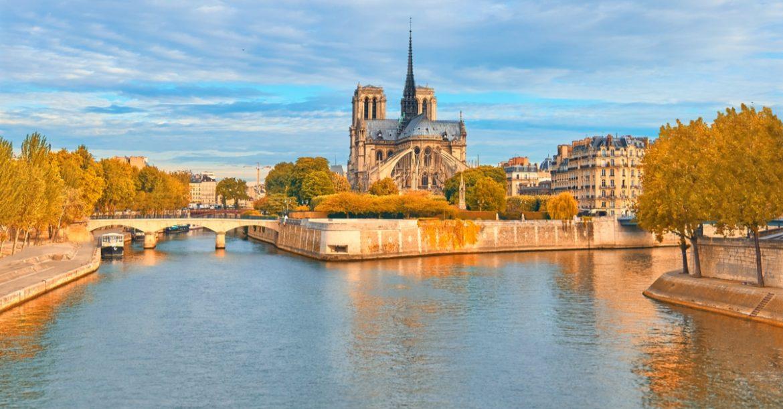 Notre Dame hommage Paris