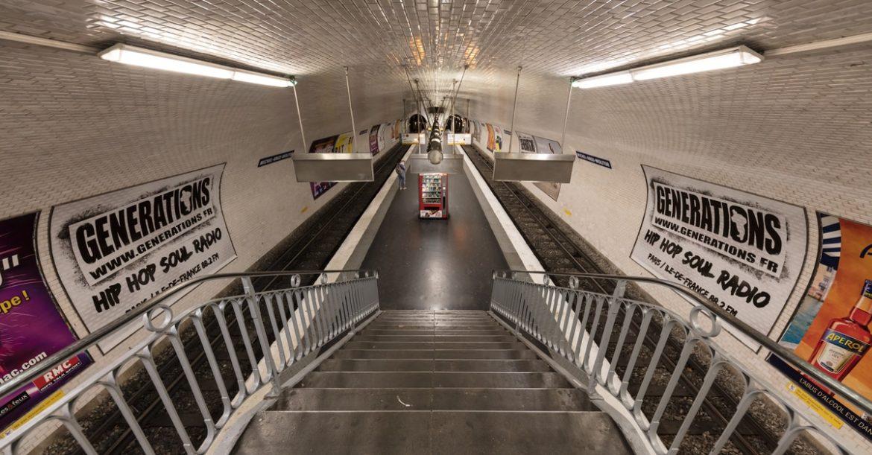 metro panneau publicitaire scanner