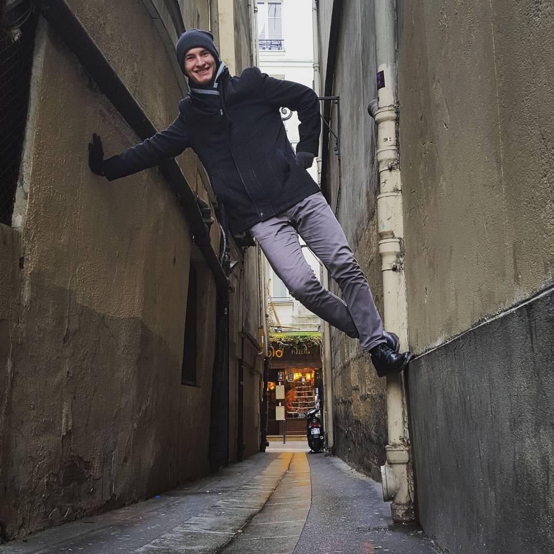 Rue plus etroite de Paris