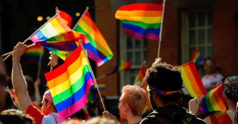gay pride marche des fiertes