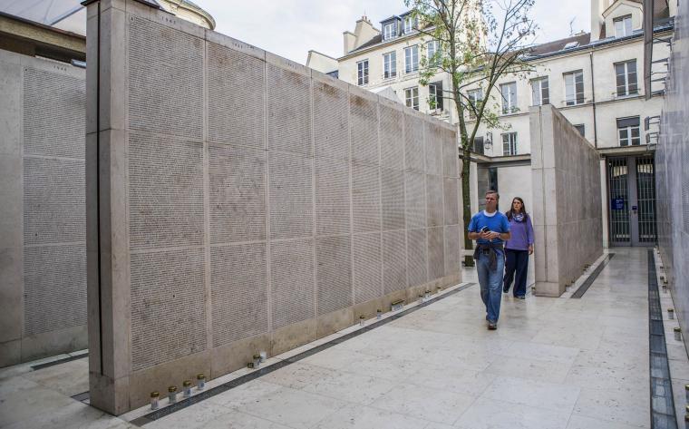 le mur des noms memorial de la shoah paris