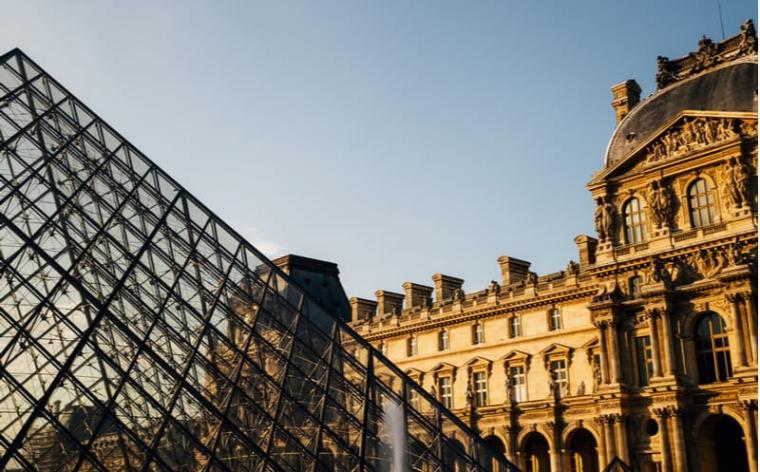 11 novembre jour ferie paris