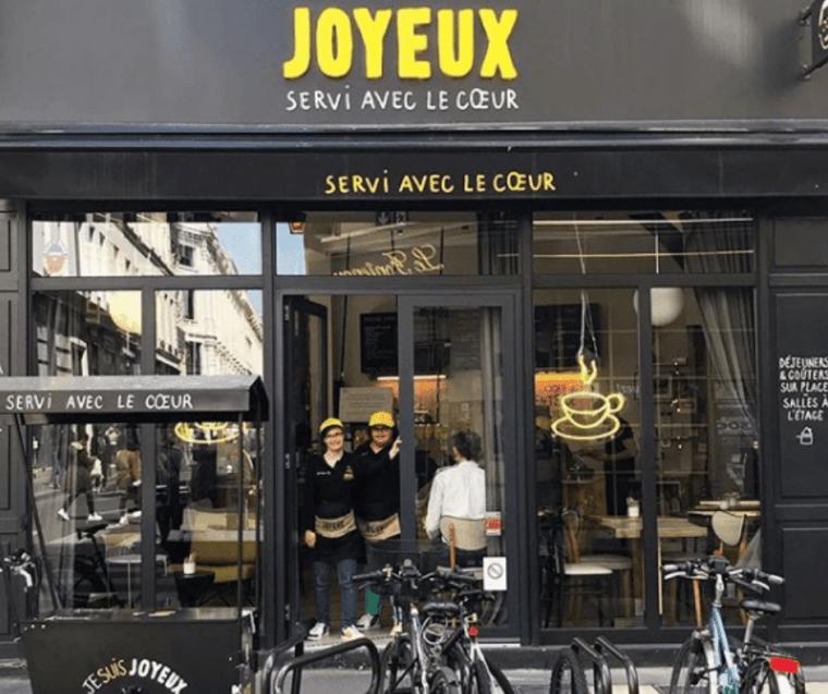 cafe joyeux paris