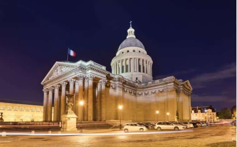 nuit au panthéon paris