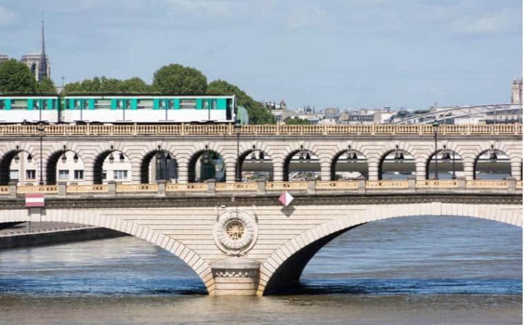 metro paris transports en commun