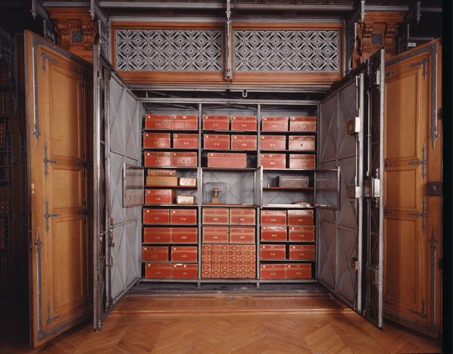 armoire de fer