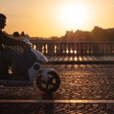 paris motos masque