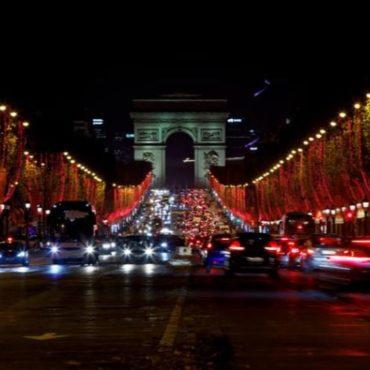 champs elysees illuminations paris