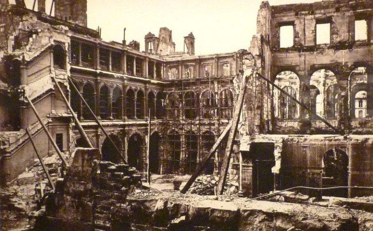 incendie hotel de ville Commune de Paris