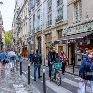 Rue Saint Andre des Arts