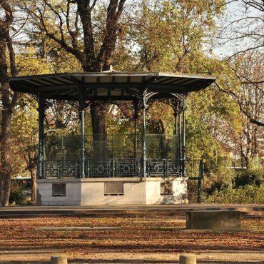 kiosque musique jardins champs elysees