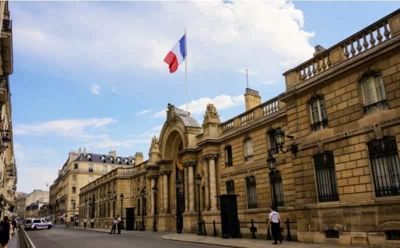 Palais de Élysée : qui sera le prochain chef cuisinier ?     Vivre Paris