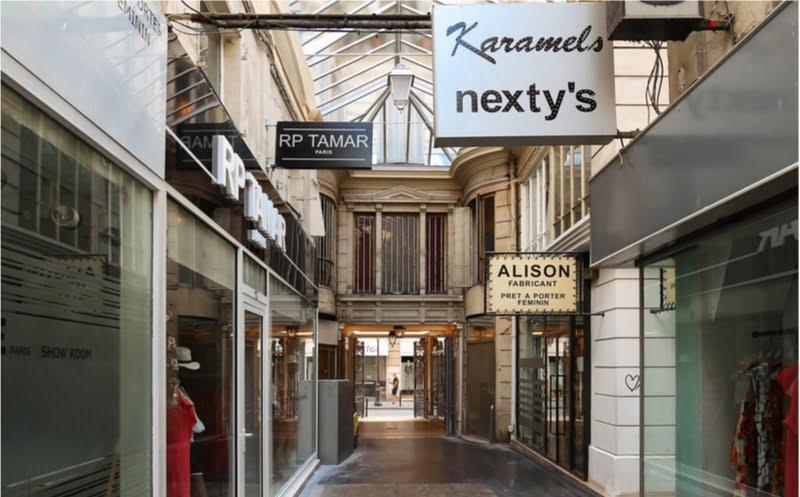 Passage du Caire : le passage couvert parisien de tous les records | Vivre Paris