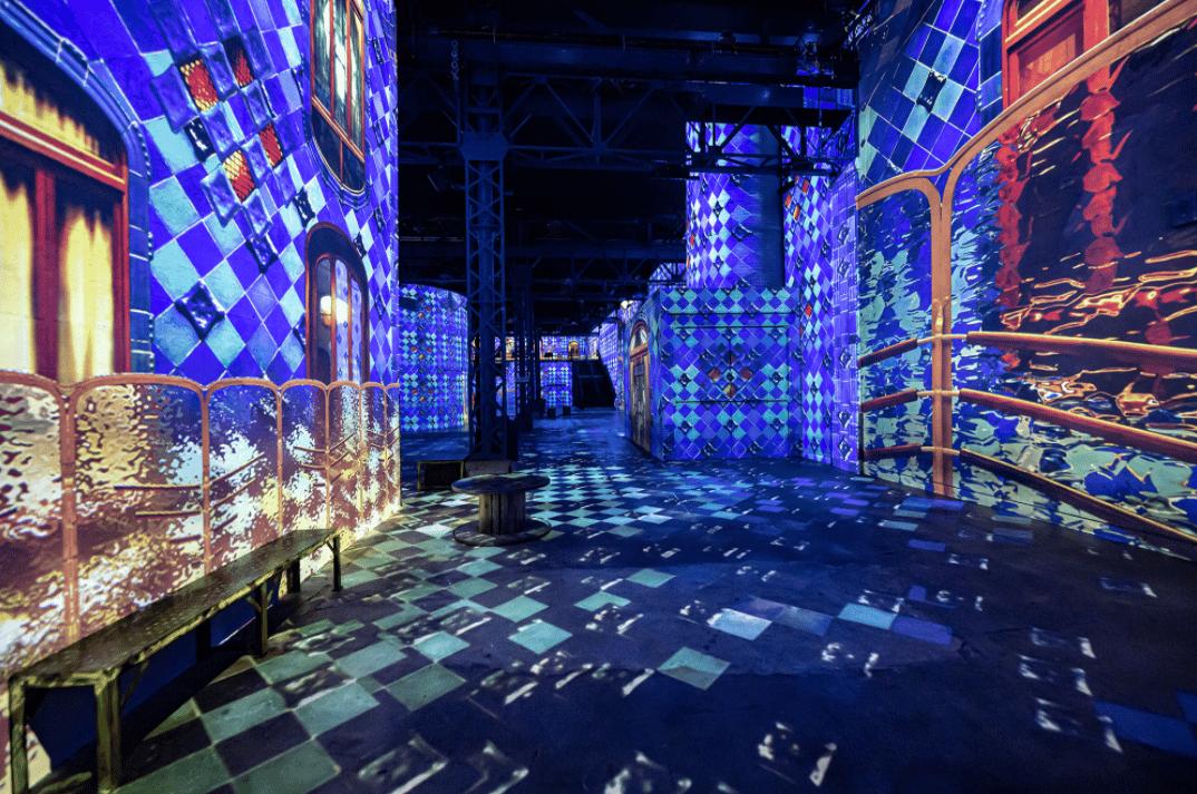 Atelier des Lumières : Dalí et Gaudí, la double exposition pour la réouverture