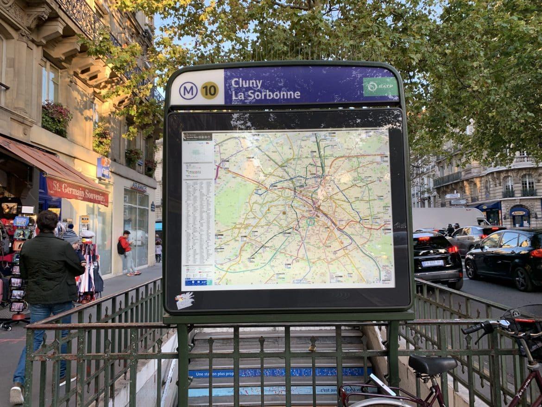 Entrée du métro Cluny la Sorbonne
