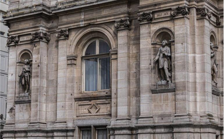 detail facade hdv paris