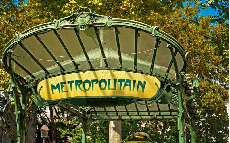 paris metro abesses