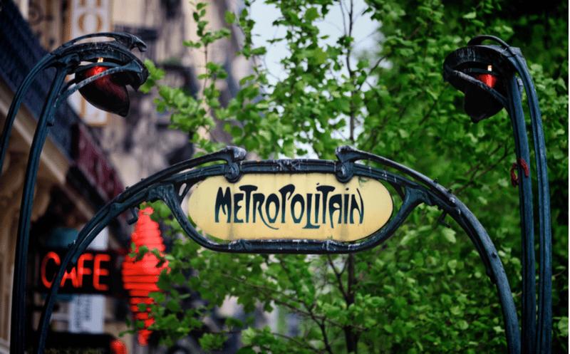 entree metro paris